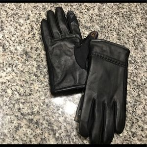 💐FAUX LEATHER BLACK GLOVES 💐
